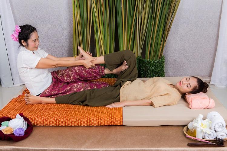 Thai,Massage,Leg,Stretching,,Spa,Concept